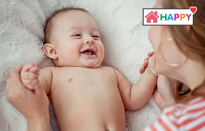 sự phát triển của trẻ 9 tháng tuổi